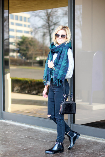 black Halogen boots - silver Sheinside sweater - forest green Sheinside scarf