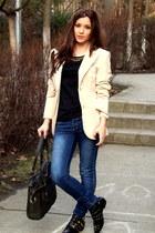 black detailed Zara boots - navy skinny random store jeans