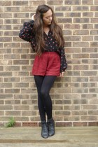 ruby red shorts - black new look boots - navy blouse