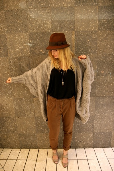 brown Zara hat - gray Zara cardigan - black H&M shirt - brown Zara pants - green