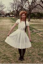 bow vintage dress - vintage hat - lace vintage jacket - hearts Target tights