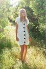 White-la-bell-dress
