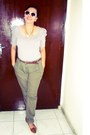 Heather-gray-top-dark-khaki-pants-brown-belt-tawny-flats
