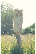 Geisha Pearl vintage blazer - Forever 21 dress - Gee WaWa shoes