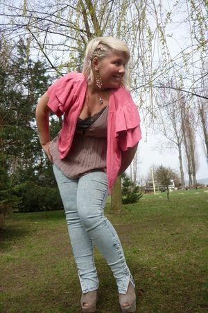 pink George cardigan - blue Vero Moda leggings - beige reserved top - beige Tops