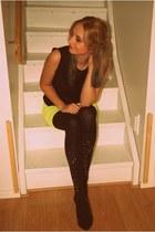 Zara top - GINA TRICOT shirt - Stradivarius heels