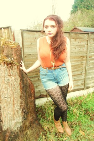scorpion Topshop necklace - brown Dorothy Perkins boots - black Matalan tights