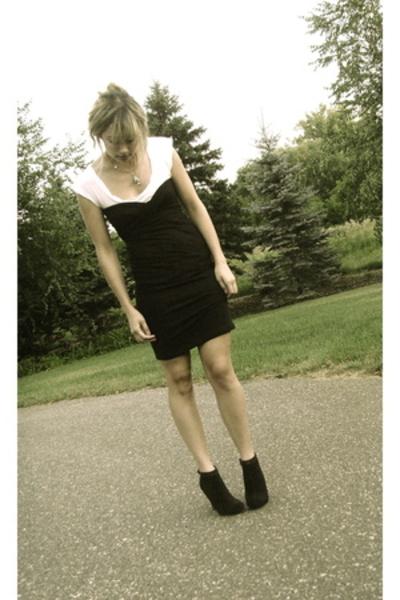 black American Apparel dress - black Steve Madden shoes
