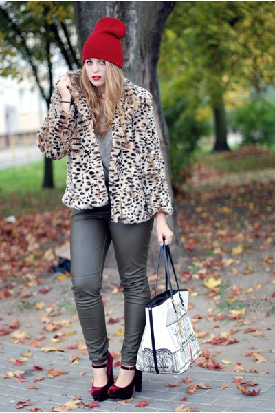 leopard fur River Island coat - Moschino bag - faux leather H&M pants