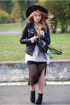 black Claires hat - black leather biker Cubus jacket