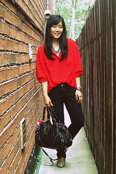 red thrifted blouse - navy Seven7 jeans - black Urban Outfitters bag