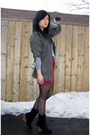 Gray-american-apparel-sweater-green-forever-21-jacket-pink-h-m-skirt-black
