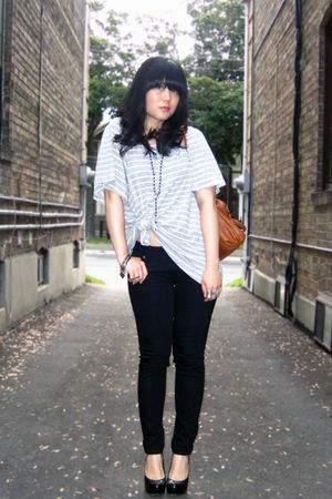 black Uniqlo jeans - black Aldo shoes - gray striped H&M shirt