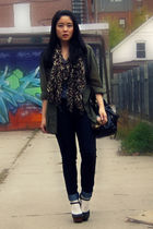 green H&M blouse - gray American Apparel t-shirt - brown H&M scarf - blue Uniqlo