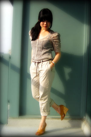 beige Urban Outfitters blouse - beige H&M pants - brown Bershka belt - orange bc