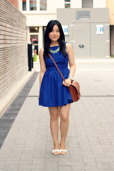 aquamarine Oasapcom necklace - blue American Apparel dress - brown vintage bag