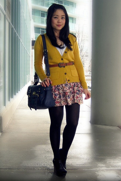 navy Forever 21 bag - black Jeffrey Campbell wedges - pink Zara skirt - mustard