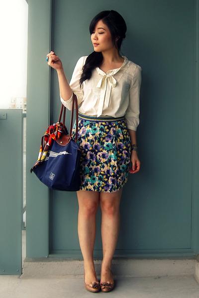 H&M skirt - Nine West shoes - longchamp bag - H&M blouse