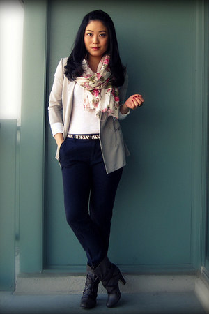 gray Dolce Vita boots - silver Silence & Noise blazer - white floral print H&M s