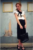 crepe silk Kristina J skirt - krystal silk Kristina J blouse - seychelles heels
