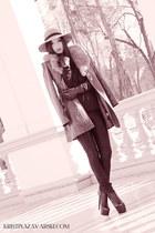 URMA coat - nissa hat