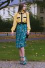 Shirt-bag-belt-skirt-heels