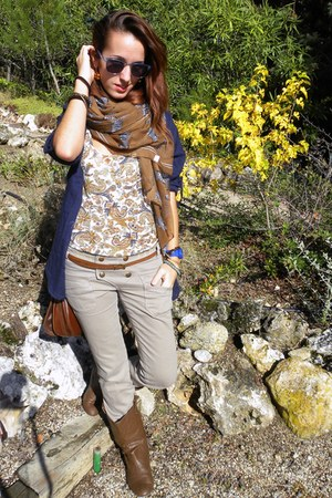 dark brown candem market scarf - dark brown BLANCO boots - tawny Bershka shirt