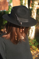 black arrow hat wool Krossy hat