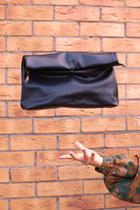 black Krossy bag