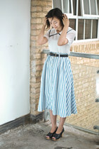 blue Krossy skirt - white Krossy blouse