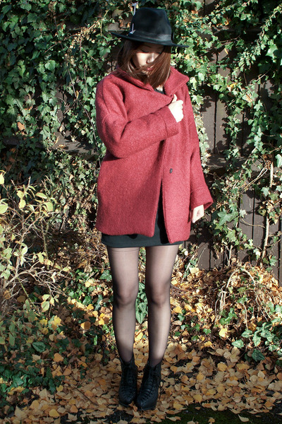 brick red Krossy coat - black Krossy dress - black Krossy hat