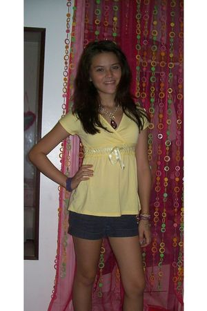 yellow unknown blouse - Forever 21 shorts