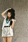 White-wagw-top-white-wagw-cardigan-beige-vintage-shorts-brown-vintage-belt