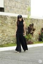 black WAGW hat