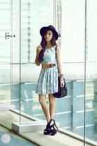 gold sm accessories belt - light blue romwe dress - black Prada bag