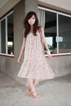 nude janilyn heels - light pink WAGW dress - tan WAGW vest