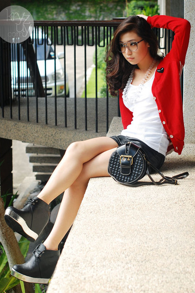 ruby red WAGW cardigan - black Five By Five boots - black H&M shorts