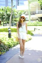 lime green Zara top