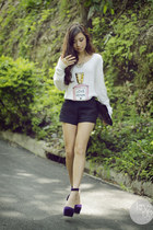white wildfox couture sweater - navy Cesa Designs shorts