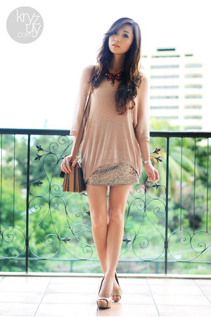 gold windsor skirt - brown Celine bag - tan Call it Spring heels - tan romwe top