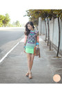 Chartreuse-windsor-skirt-turquoise-blue-island-girl-necklace