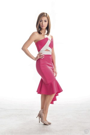 hot pink styled by Myhrr Lao dress