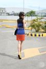Blue-natural-color-dress-black-snupped-bag-yellow-parisian-heels
