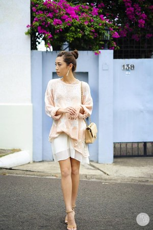 light pink wildfox couture sweater