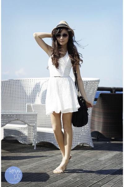 white SM GTW dress - black Prada bag