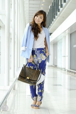 sky blue romwe blazer - navy Sheinside pants