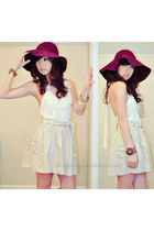 white WAGW top - maroon WAGW hat - tan Mango skirt
