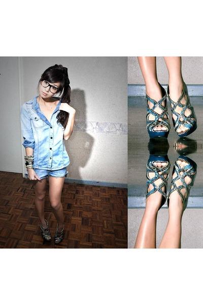 blue Zara top - blue WAGW shorts - blue michael antonio shoes - black WAGW acces