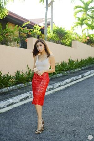 red Porte skirt