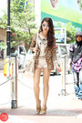 White-gap-shorts-gold-j-m-shoes-brown-glam-effect-blazer